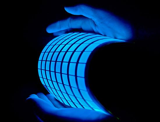 نمايشگرهاي انعطاف پذير OLED