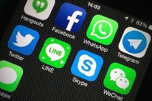 مجله خبری ایشومر 75533836_83259374fdcdf آماری از استفاده کاربران ایرانی از اینستاگرام و تلگرام تكنولوژي  تلگرام اینستاگرام ایرانی استفاده کاربران آماری