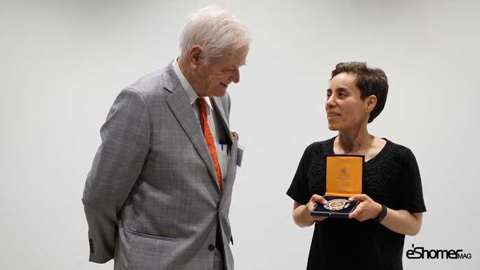 مجله خبری ایشومر mirzakhani_award_mag-eshomer مریم میرزاخانی اولین زنی بود که جایزهی فیلدز را از آن خود کرد. داستان موفقیت موفقیت  میرزاخانی مریم فیلدز زن ریاضی جایزهی اولین المپیاد استعداد Ruth Lyttle Satter Peter Scholze CMI