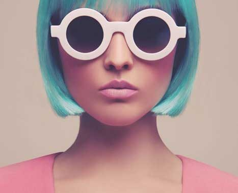 راهکار ساده برای هماهنگ کردن رنگ در لباس و چهره