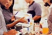 7 راهکار برای کمتر خرید کردن و پس انداز پول بیشتر