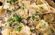 تهیه و پخت انواع غذاهای ایتالیایی _ پاستا تورتلونی با قارچ و پنیر