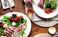 نخوردن شام برای رژیم لاغری کاملا اشتباه  است