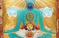 روشهای کلیدی افزایش انرژی چاکراها در آموزش یوگا