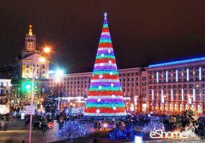 مجله خبری ایشومر 9-magnificent-Christmas-trees-mag-eshomer-300x210 تاریخچه درخت کریسمس و زیباترین درختان کریسمس2017 تازه ها سبک زندگي  نو میلادی کریسمس عيسی سال زیباترین درخت تاریخچه
