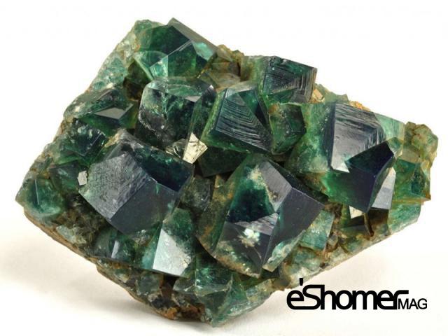 مجله خبری ایشومر Expensive-stone-mag-eshomer سنگ درمانی و قدرت های آنها ( قسمت 2 پاک سازی کریستال ) تازه ها سبک زندگي کریستال ) قدرت سنگ درمانی سنگ درمانی پاک سازی انرژی آنها
