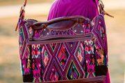 اثرات روانی رنگ بنفش در طراحی مد و لباس