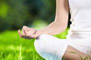 یوگا تراپی و تاثیرات آن در کاهش استرس و سلامتی ذهن و جسم