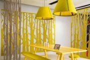 ایجاد فراخی و بلندی با رنگ زرد و سفید در طراحی داخلی