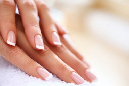 راهکارهای ساده برای داشتن ناخن های سالم و زیبا