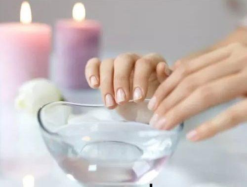 پاک کردن لاک ناخن به روش های خانگی قسمت اول
